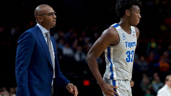 Penny Hardaway and James Wiseman